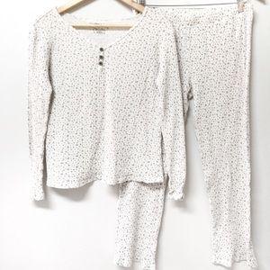 2/$25 🌸 Croft & Barrow Floral Pajama Set